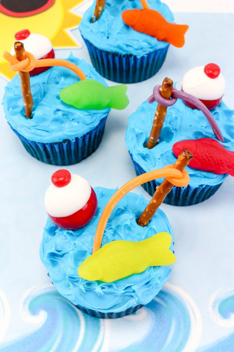 fishing cupcakes for father s day target made me do it. Black Bedroom Furniture Sets. Home Design Ideas